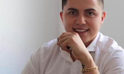 O jovem Márcio Araújo, é CEO de uma empresa de marketing digital de sucesso