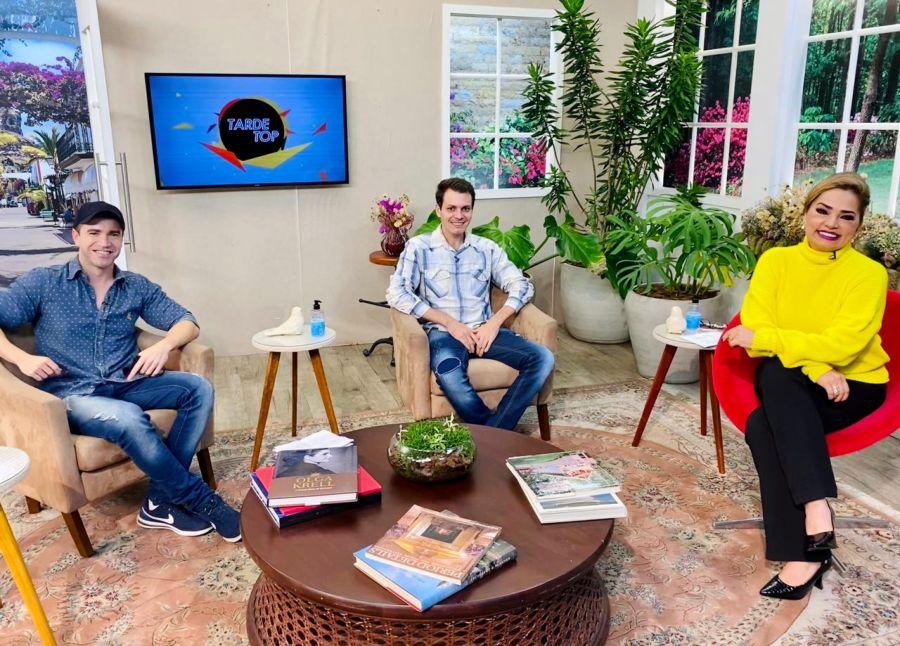 Programa Tarde Top - Paulo Nunes, AnddrehPonttez e Nani Venancio - Foto: Divulgação / RBTV
